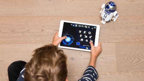r2-d2-app-enabled-droid_content-1