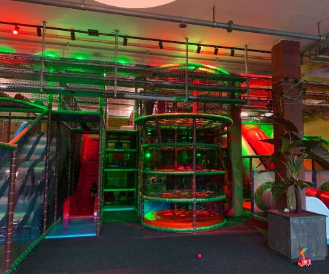 Das farbige Indoor Spielparadies Monkey Town in Horgen