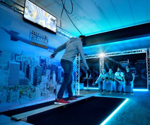 Plank Experience in der Transfinity VR Arcade bei Lugano