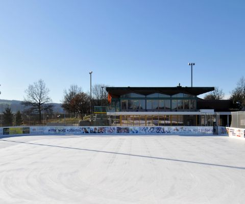 Eisfeld und Restaurant Winter World Wallisellen