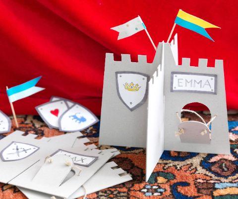 Geburtstags Einladungskarte Ritterburg