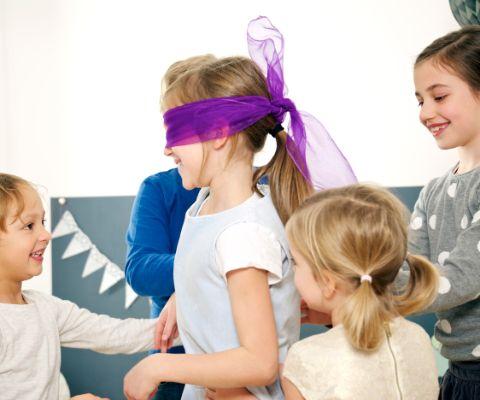 Blinde Kuh Kindergeburtstag
