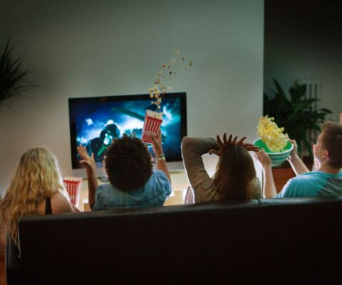 Home cinema e serata film con gli adolescenti