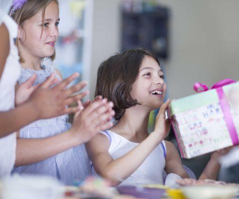 Geschenkideen Für Kinder Zwischen 7 Und 12 Jahren Famigros