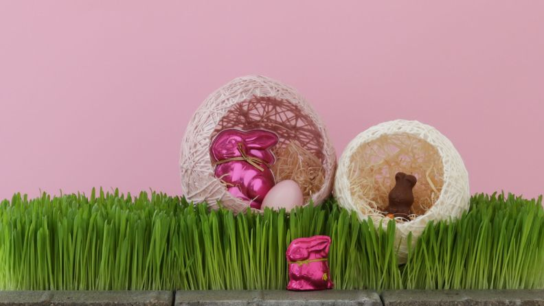 Osternest aus Wolle und Kleister