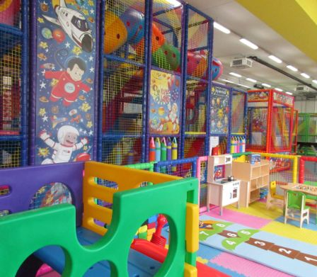 Der Happy Place der Kinder: der Indoor-Spielplatz Happy Land Park in Taverne.