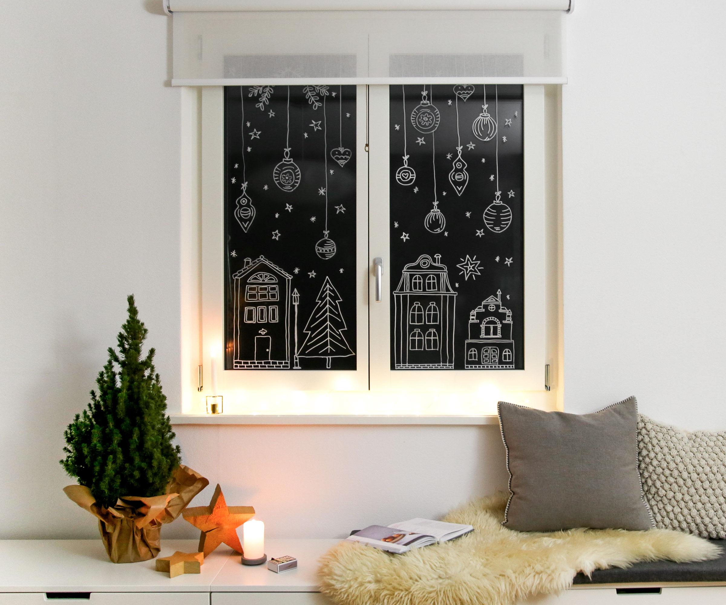 Decorare Finestre Per Natale Scuola decorazioni natalizie per finestre con i pennarelli a gesso