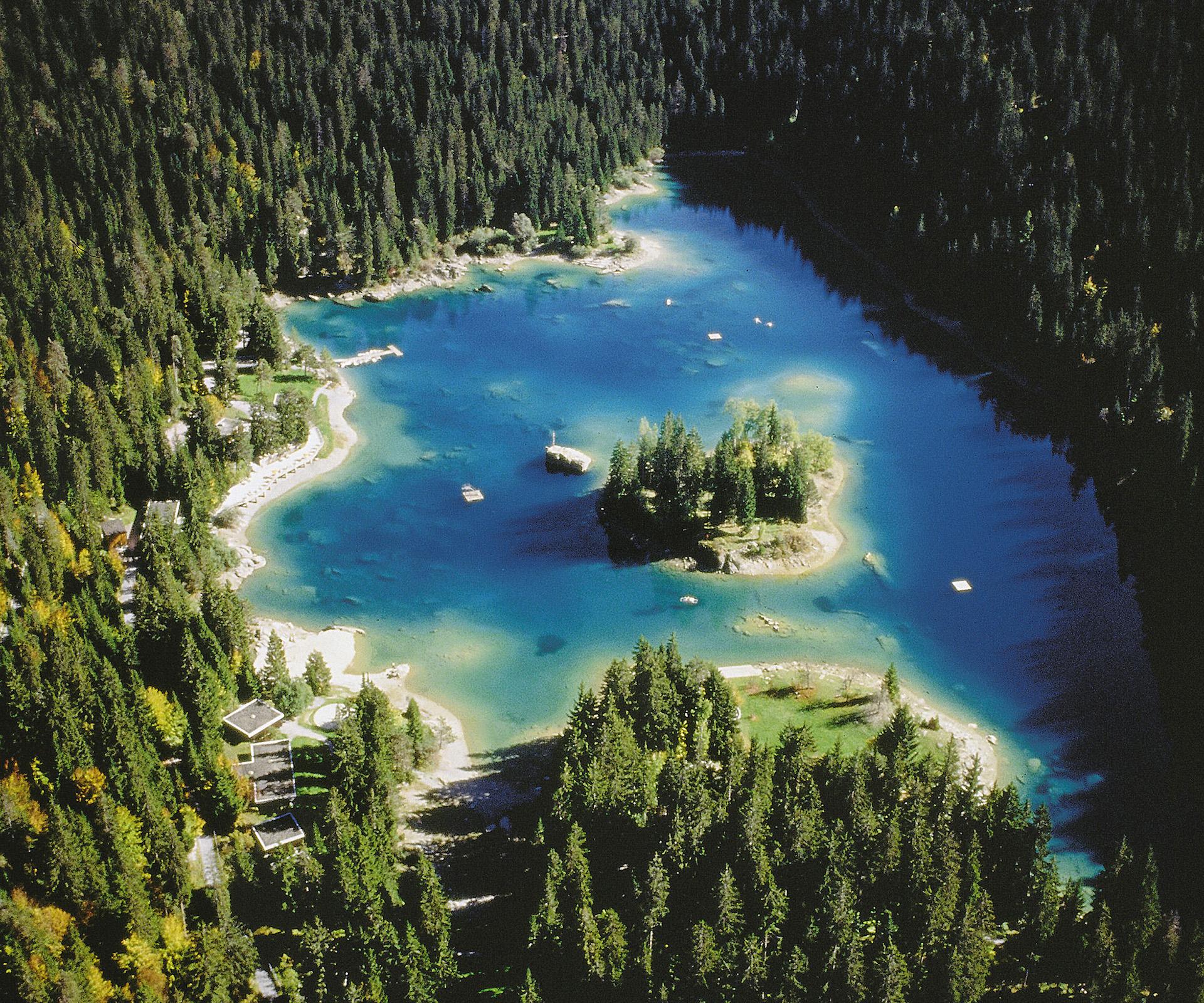 la meraviglia naturale del lago di cauma